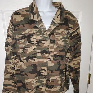 Sanctuary Camo Jacket Size L - NWT
